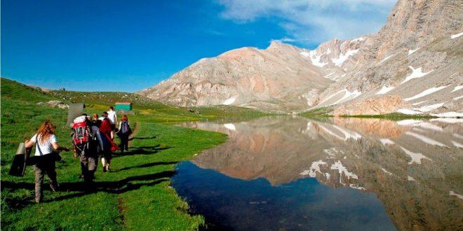 Toros Dağı Gerdanı Karagöl (İç gezi)